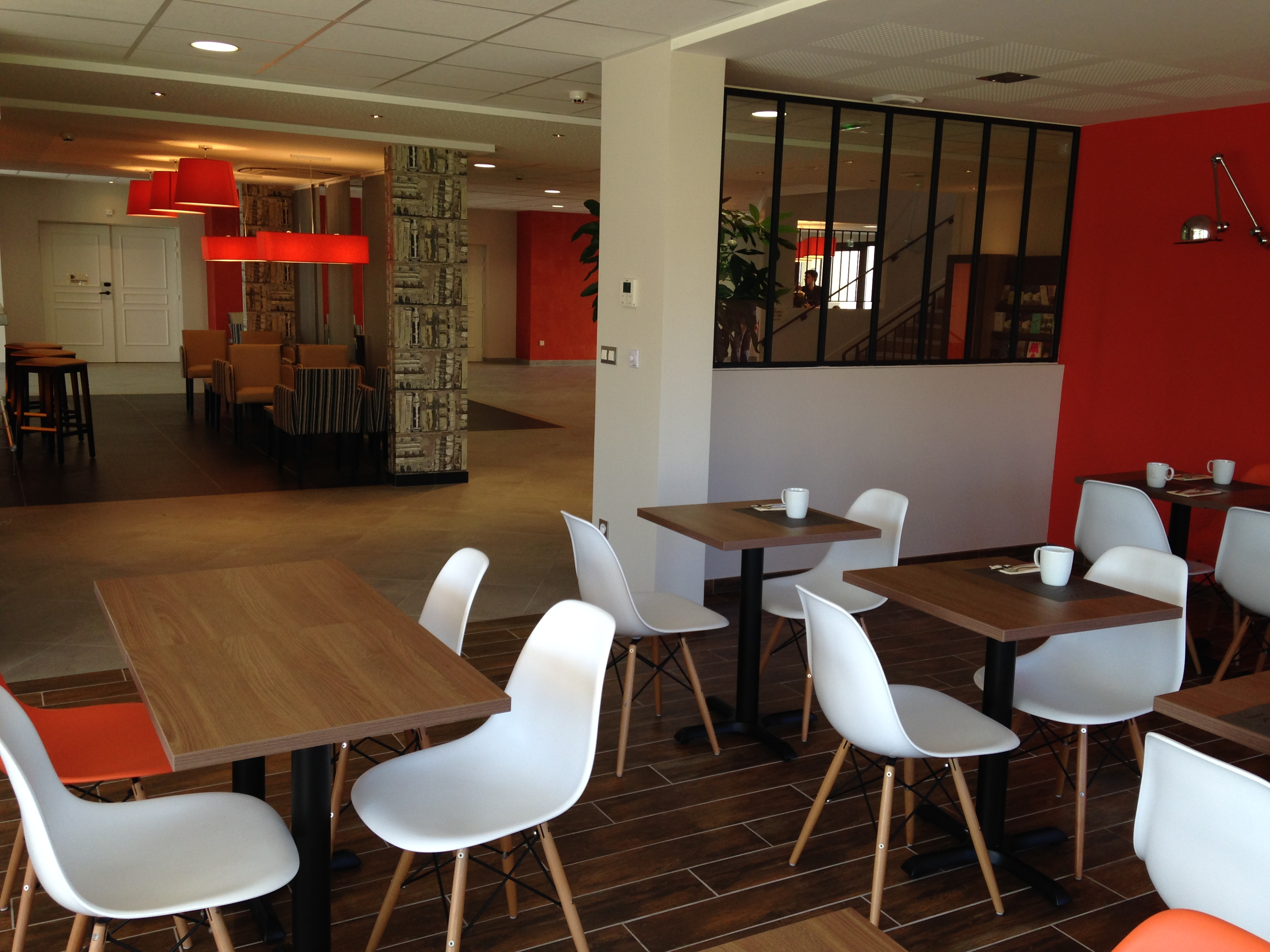 hotel kyriad angers beaucouze - géraldine fourny - decoratrice d interieur nantes 44 - restaurant 4